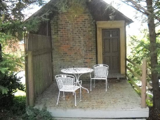 The Inn At The Crossroads: The Rear Of Summer Kitchen Cottage