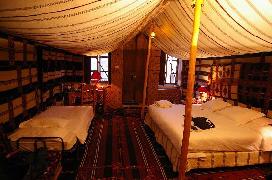 Mansouriya Palace Hotel: Bedouin room, view 2