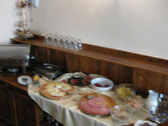 Hotel Sighisoara: Breakfast