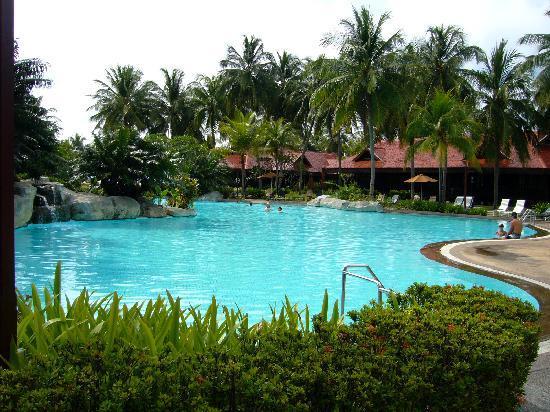 Langkawi, Malaysia: Main pool at Pelangi