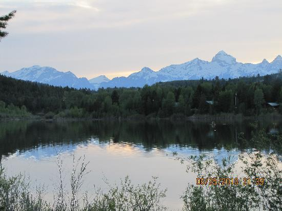 Budges' Slide Lake Cabins: Tetons