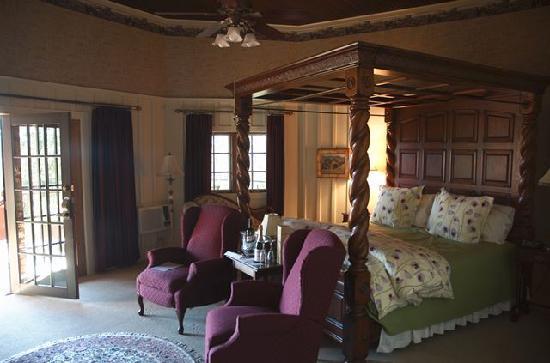 Old Crocker Inn: Crocker room