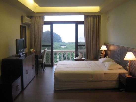 Airai Water Paradise Hotel & Spa: A comfotable room