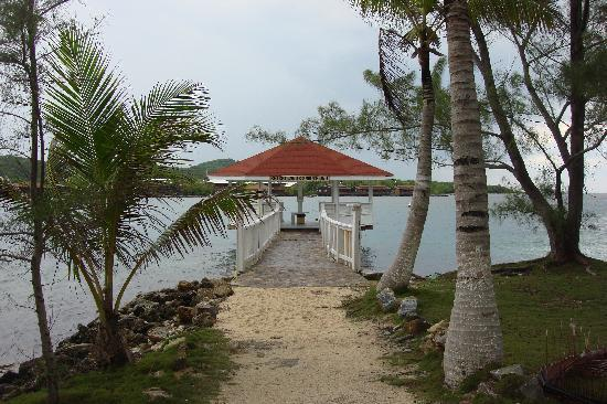Fantasy Island Beach Resort: Gazebo for shore diving