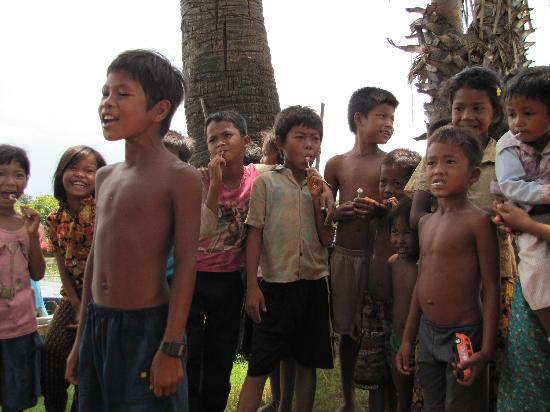 Siem Reap, Cambodia: The wonderful children of Kampong Klieng
