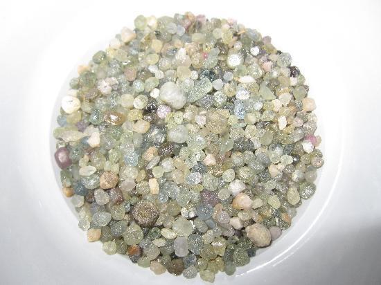 Gem Mountain Sapphire Mine: Gem Mountain Raw Sapphires