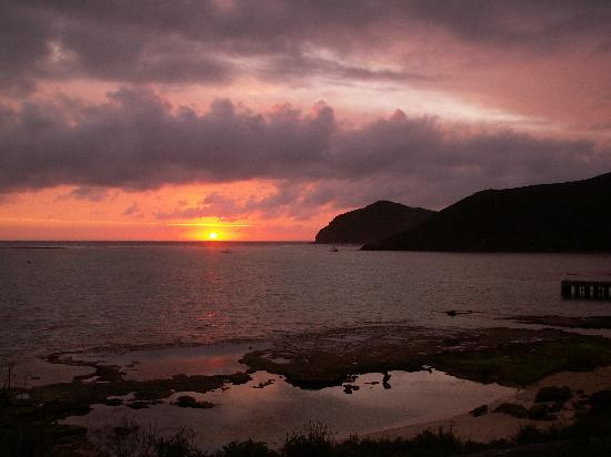Arajilla Retreat - Lord Howe Island: From sunrise to sunset - Lord Howe is a great spot to unwind