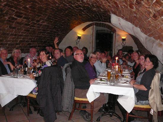 Jarntorgspumpen: 27 people in a cosy cellar!