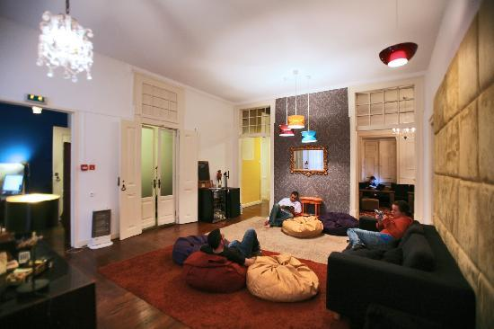 Travellers House: music lounge