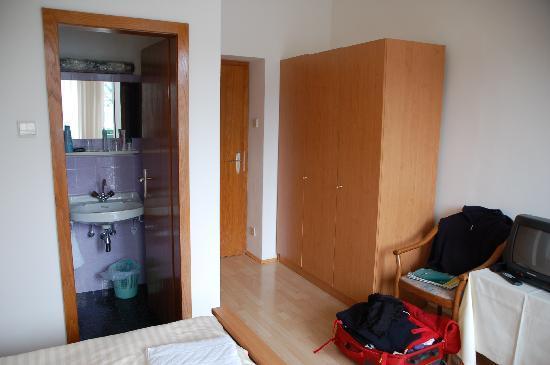 5 bild von strandhotel morak velden am w rther see for Schrank stufe 0