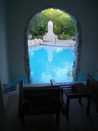 Ghazala Gardens Hotel: Blick von der Terrasse in den Pool