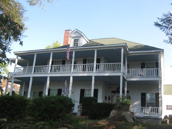 Sautee Inn Bed and Breakfast