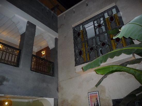 Riad Alamir: la cour intérieure
