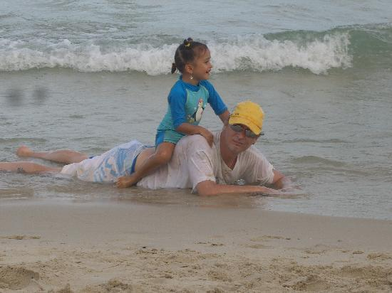 สมุย บีช อพาร์ทเมนท์: Cherrychelle geniesst den Chaweng Beach!