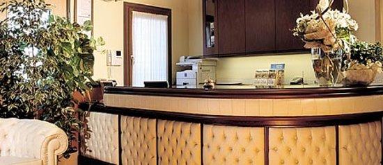 Hall dell'albergo residence Roma