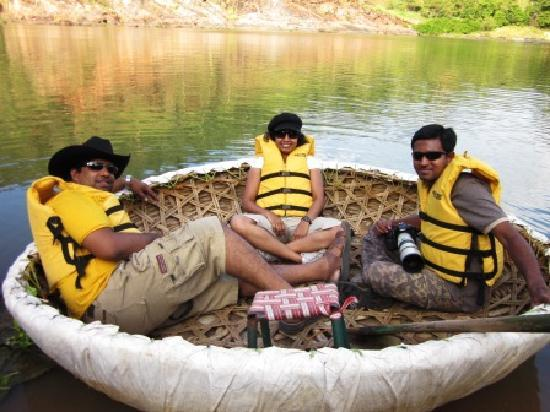 Doddamakali Nature Camp : in the coracle ride..
