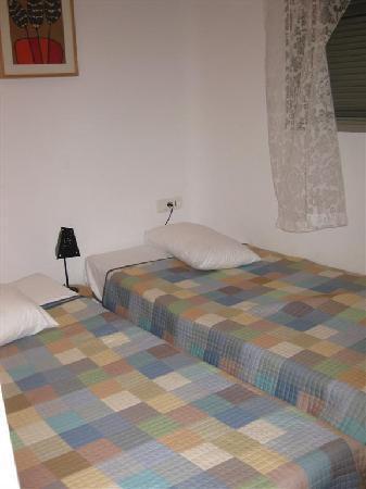 Kilina Hotel : petit chambre