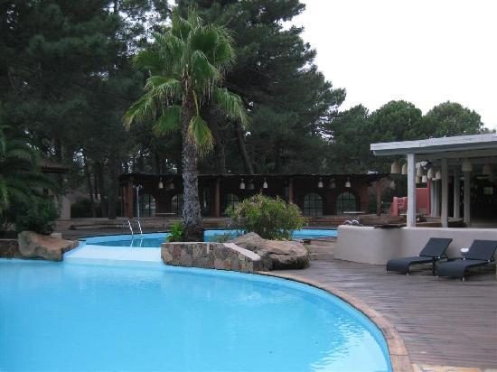 Kilina Hotel : piscine