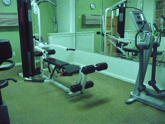 La Quinta Inn & Suites Los Banos : gym