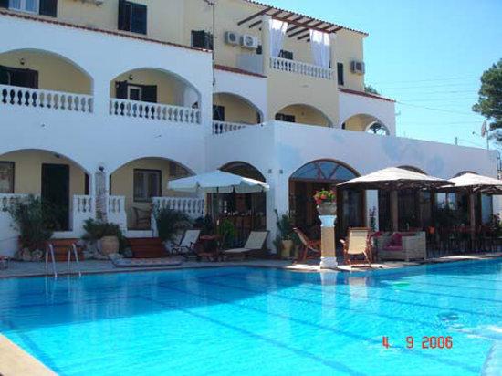 Agios Stefanos, กรีซ: Fedra Mare