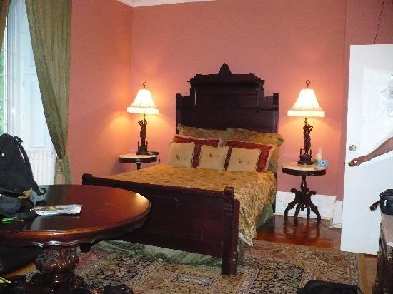 Victorian Heritage: Sister's bedroom