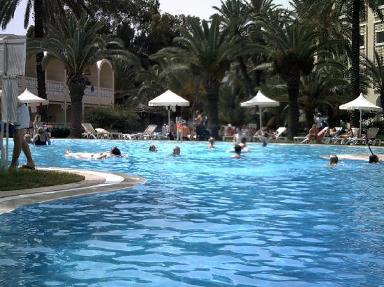 Hotel Marhaba: Pool area