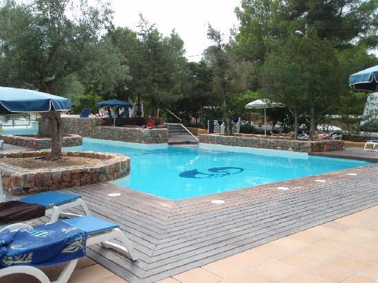 """Fiesta Hotel Cala Gracio: Der kleinere und ruhigere """"Adult-Pool"""""""