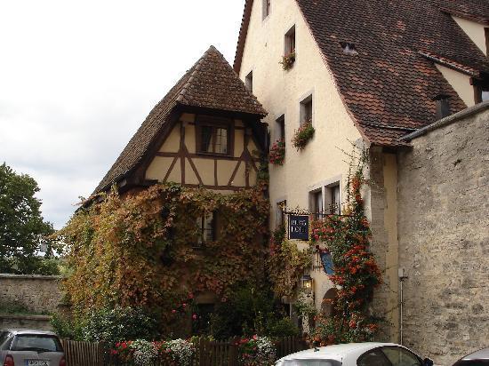 Burghotel : Burg Hotel