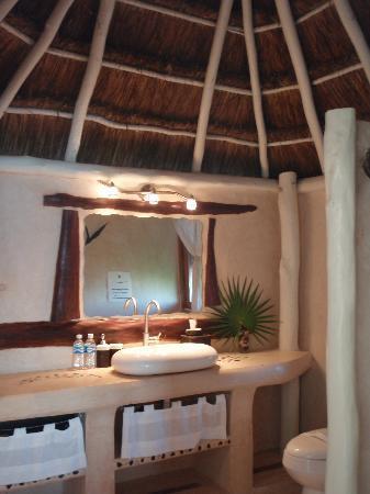 Villa Las Estrellas: upstairs suite bathroom