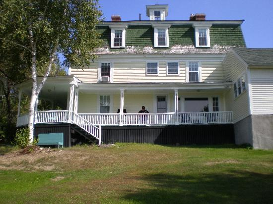 Ballard House Inn: The Back Porch