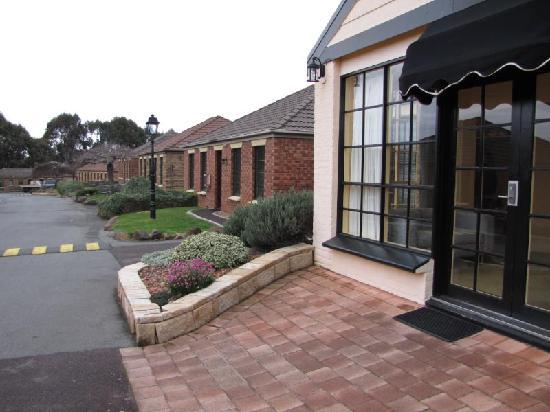 Country Club Villas Launceston (Photo by Think Tasmania)