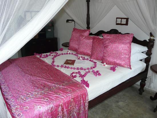 La Maison Nil Manel: chambre voyage de noces