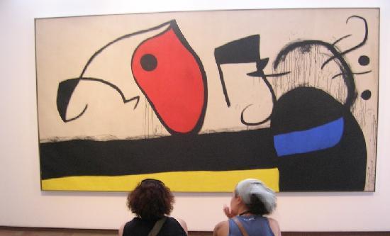 Pilar and Joan Miro Foundation in Mallorca: Blick auf ein Bild von Miro