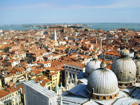 Cidade de Veneza, Itália: Venice - view from the bell tower
