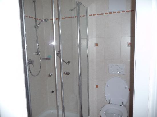 Hotel Lieb Cafe Bug: bagno e doccia