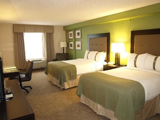 Holiday Inn & Suites Across from Universal Orlando : Standard Room