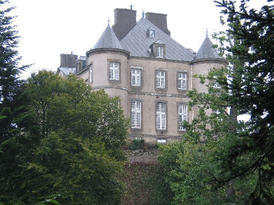 Chateau de Bonaban : VUE DU COTE DU CHATEAU