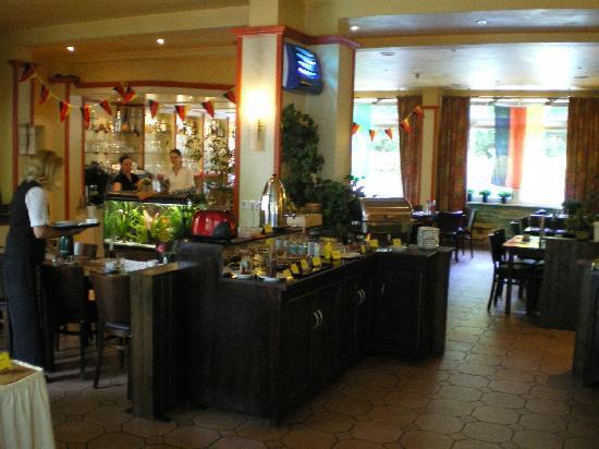 Leonardo Hotel Berlin City Süd: Frühstücksraum