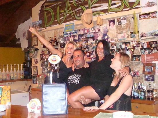 Villa Diasselo Apartments: panos our barman