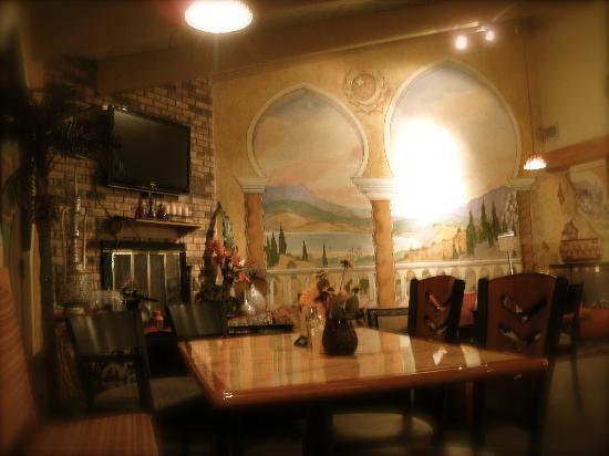 Arpeggio Grill: Fire place side
