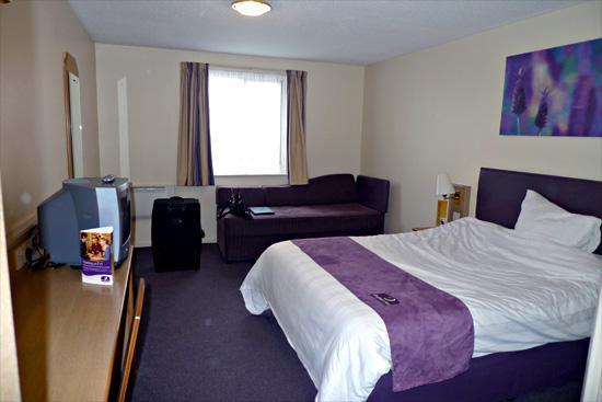 Premier Inn Blackpool Airport Hotel: Our room before we left