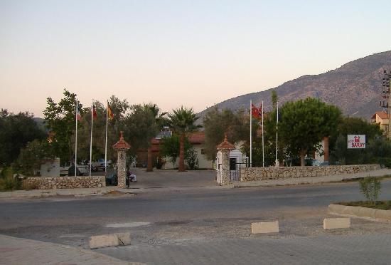 Saray Hotel Front Entrance