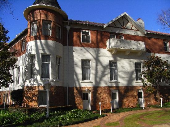 Old part of hotel picture of sunnyside park hotel for 32 princess of wales terrace parktown