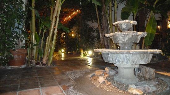Hotel California: Springbrunnen