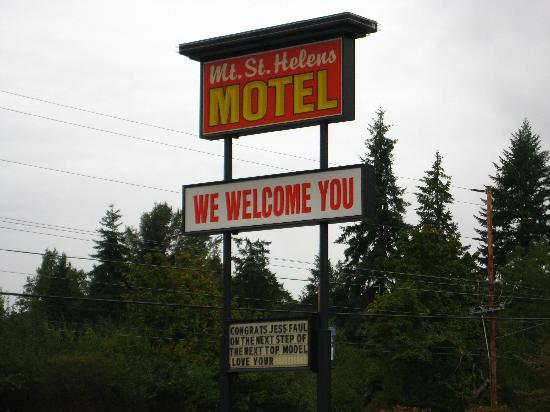 ‪‪Mt. St. Helens Motel‬: Hotel Sign‬