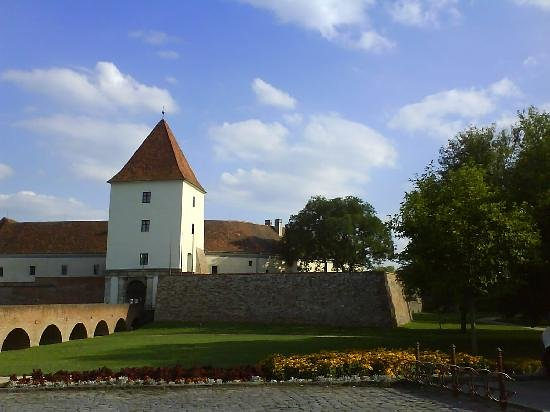 Sarvar, Ungheria: Die Burg von Sárvár
