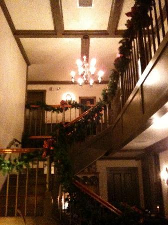 Blacksmith Inn On the Shore: So festive!
