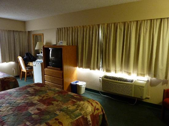Travelodge Prince George Goldcap BC: TV