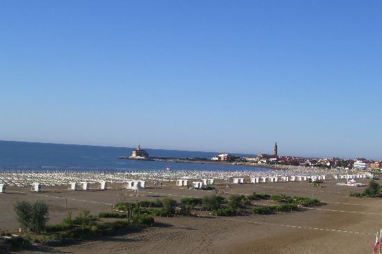 Hotel Principe Caorle : Blick vom Hotelzimmer auf den Strand