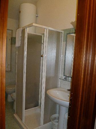 Residence San Pietro La Corte: Bathroom